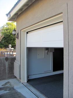 Automatic garage door maintenance lubricate garage door for Automatic garage door company minneapolis